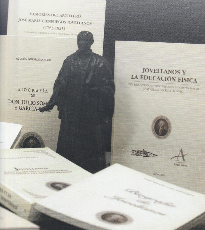 """El catedrático Jesús Asttigarraga recibe el galardón de Investigación por su obra """"Una ilustración integradora"""": """"Falta formación de la materia en Secundaria"""