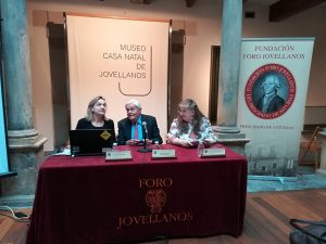 Conferencia Dña. María Losada Friend